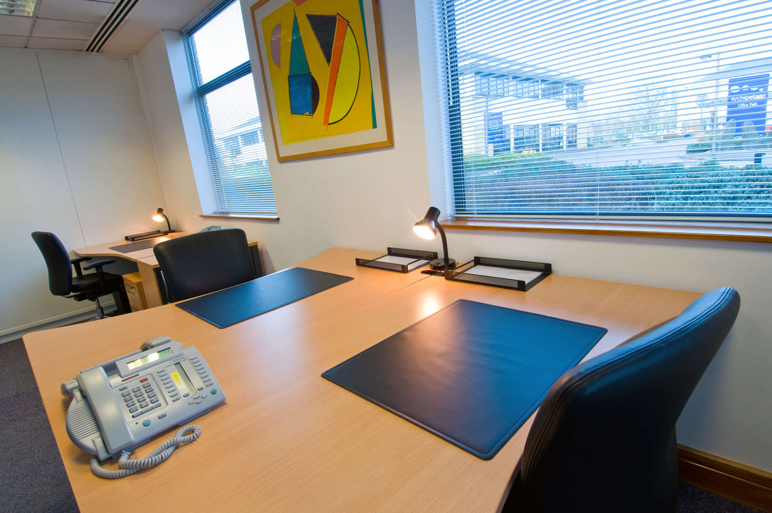 Serviced office Camberley, GU16 7ER - Quatro House - 2659