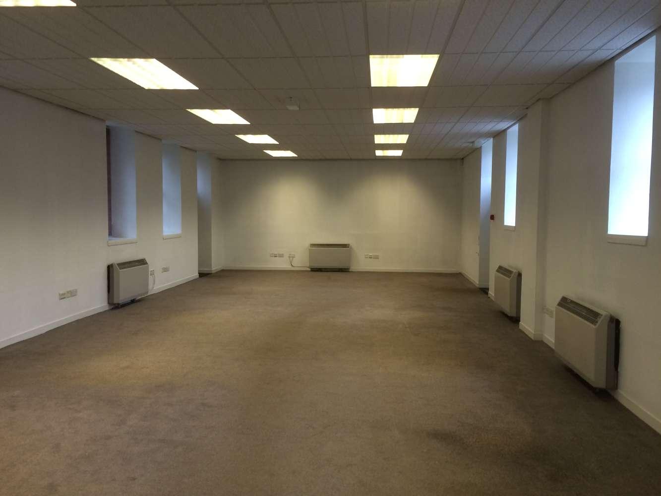 Offices Edinburgh, EH16 6TJ - 52 Mortonhall Gate - 0399