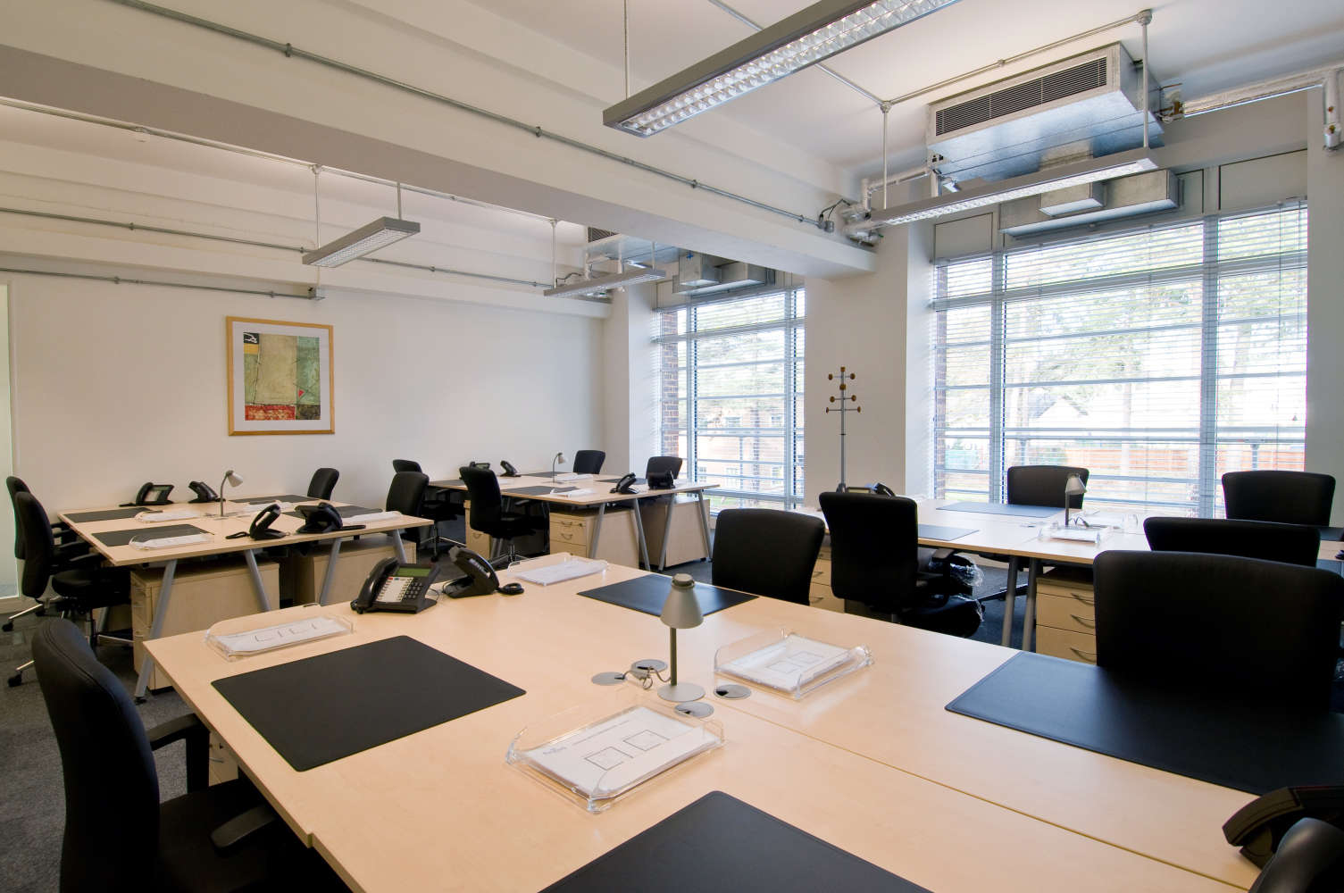 Serviced office Farnborough, GU14 7JF - The Hub, Fowler Avenue - 2737