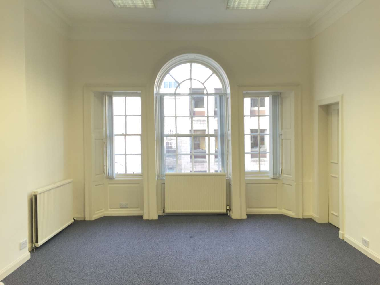 Offices Edinburgh, EH2 2DR - 44 Hanover Street - 4688