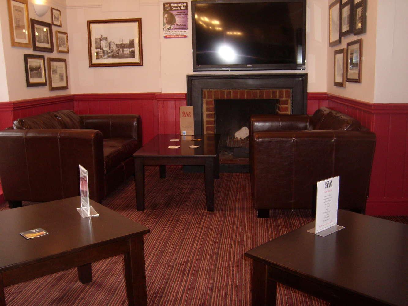 Pub Taunton, TA1 4AD - The Winchester Arms - 273155
