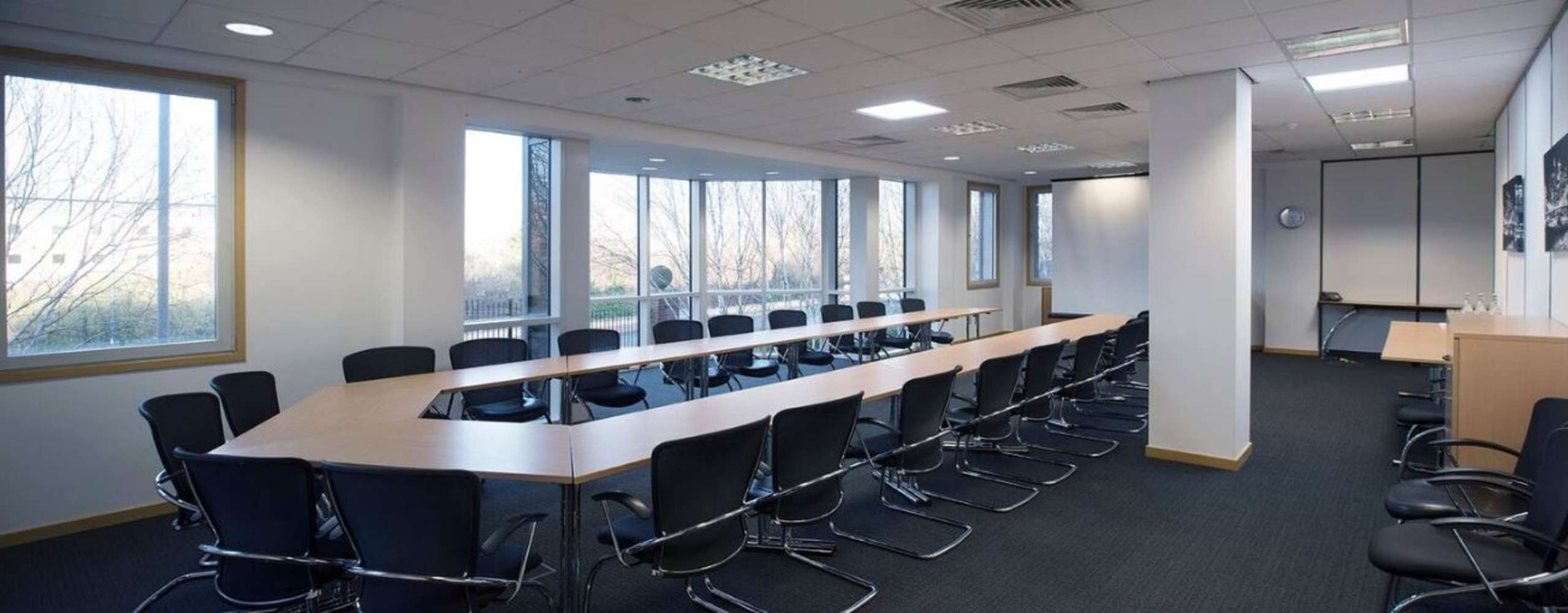 Serviced office Heathrow, UB7 0EB - 450 Bath Road - 4