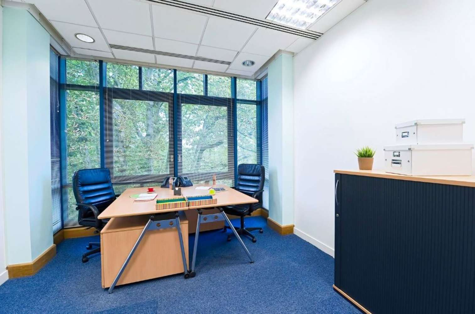 Serviced office Staines, TW18 3BA - Knyvett House - 3