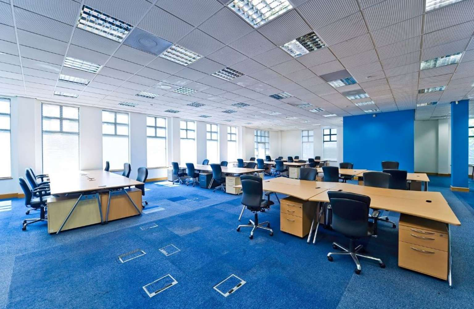 Serviced office Staines, TW18 3BA - Knyvett House - 2