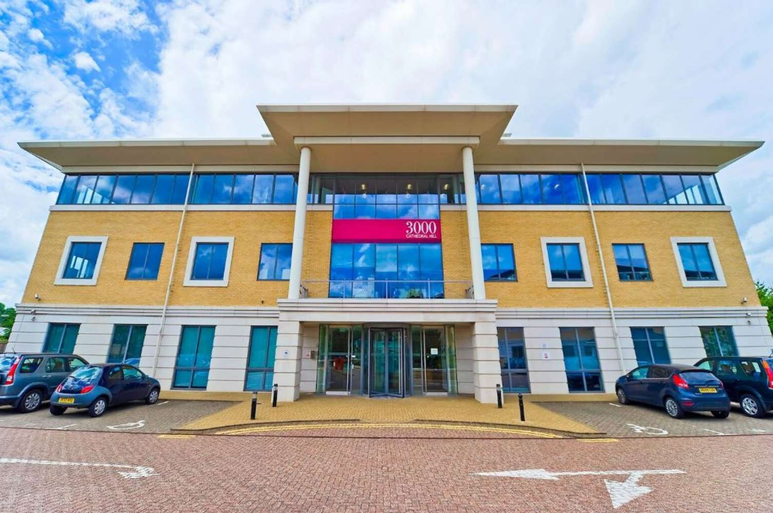 Serviced office Guildford, GU2 7YB - 3000, Cathedral Hill Industrial Estate - 39255