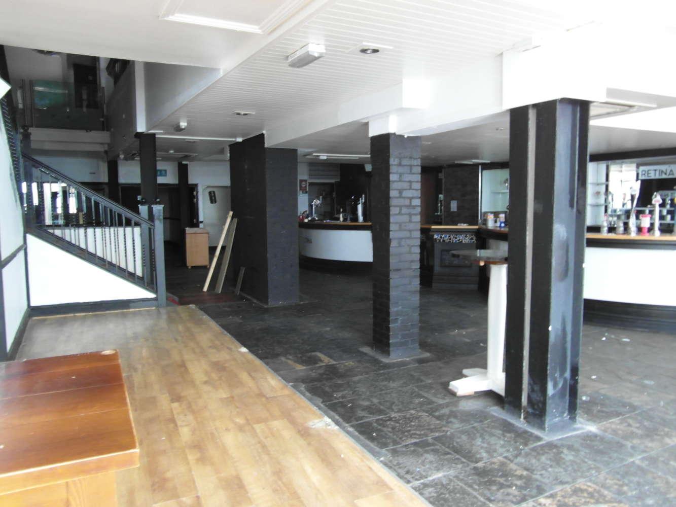 Pub Weymouth, DT4 8EQ - 62 St Thomas Street - 2068