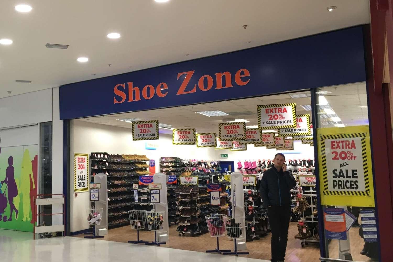 Retail shopping centre Watford, WD24 7RT - Unit M, ASDA Watford Superstore - 41652