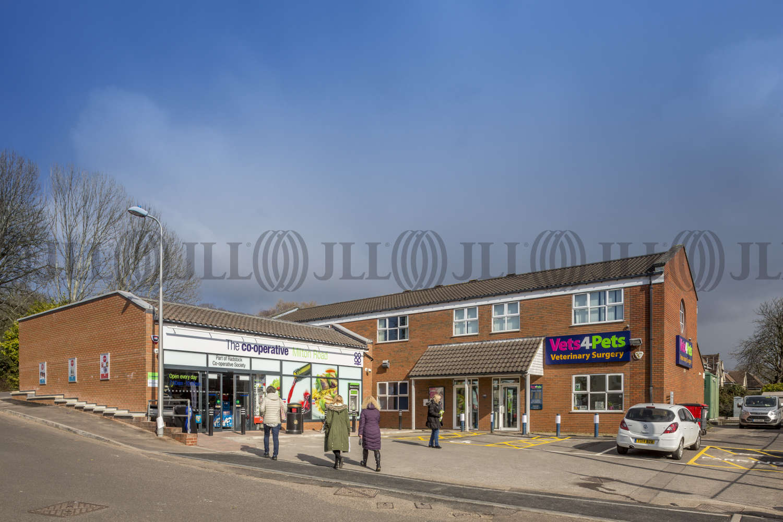 Retail high street Weston-super-mare, BS22 8AA - 141 Milton Road - 005