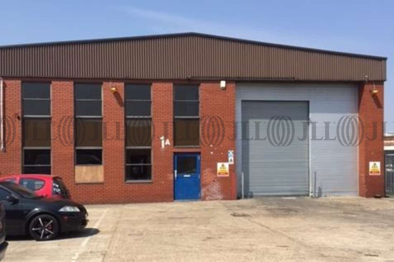 Industrial and logistics Park royal, NW10 6EX - 1A Oakwood Industrial Estate - 1