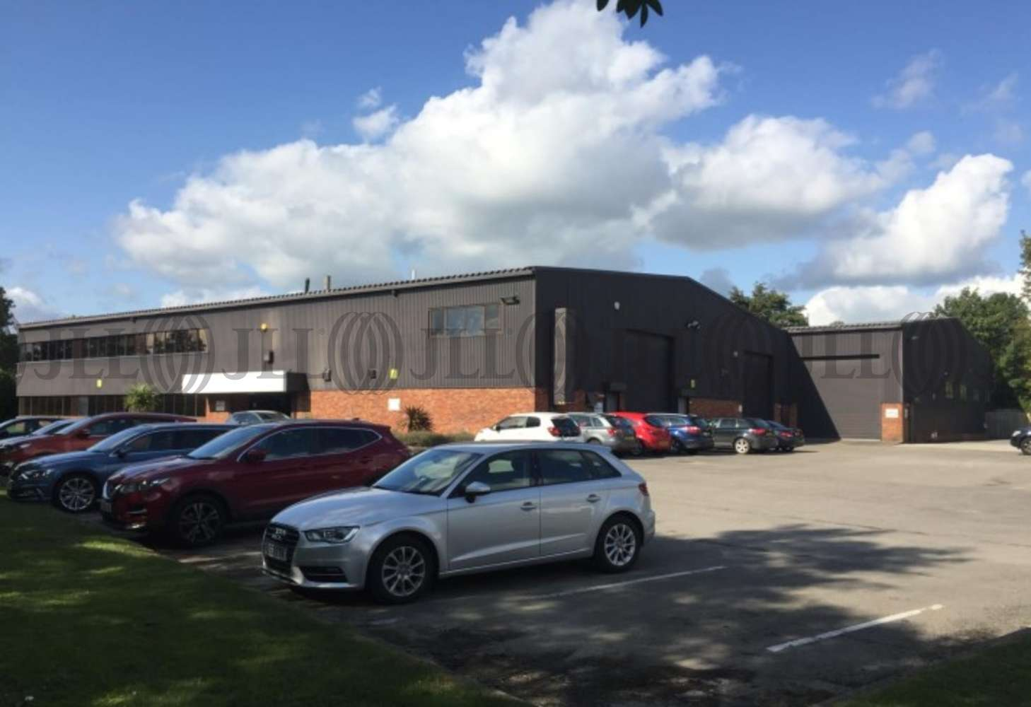Industrial and logistics Leeds, LS18 4EG - 1 Low Hall Business Park - 75327