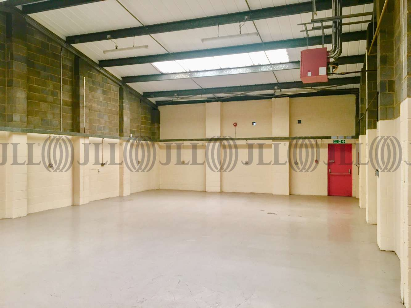 Industrial and logistics Hayes, UB3 3NW - Unit 6 Chesterfield Way - 84726