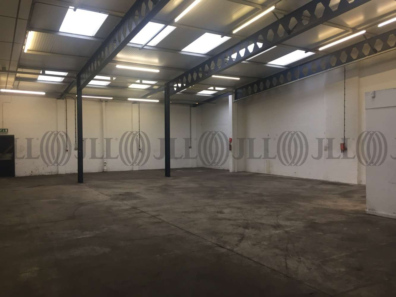 Industrial and logistics Leeds, LS12 6BD - Unit 15 Gelderd Trading Estate - 1