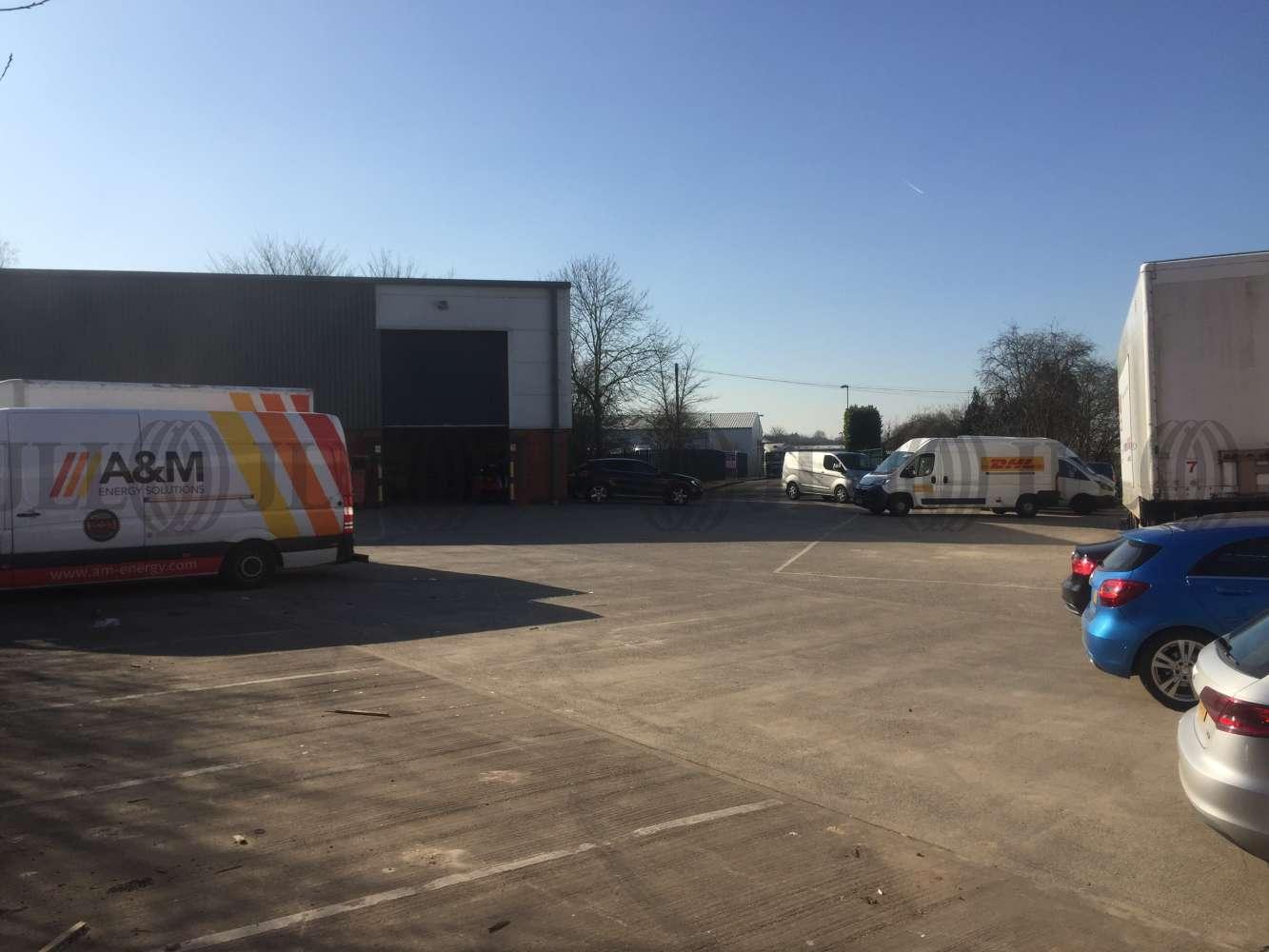 Industrial and logistics Leeds, LS25 2GY - 3 Phoenix Court - 5582