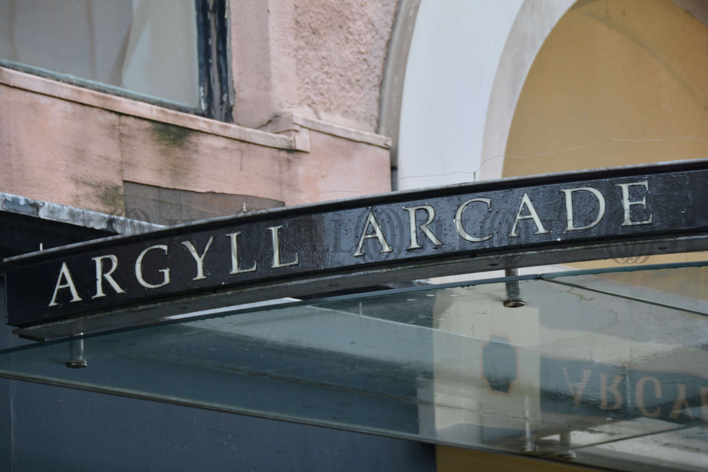 Retail high street Glasgow, G2 8BH - 102 Argyle Street - 710400
