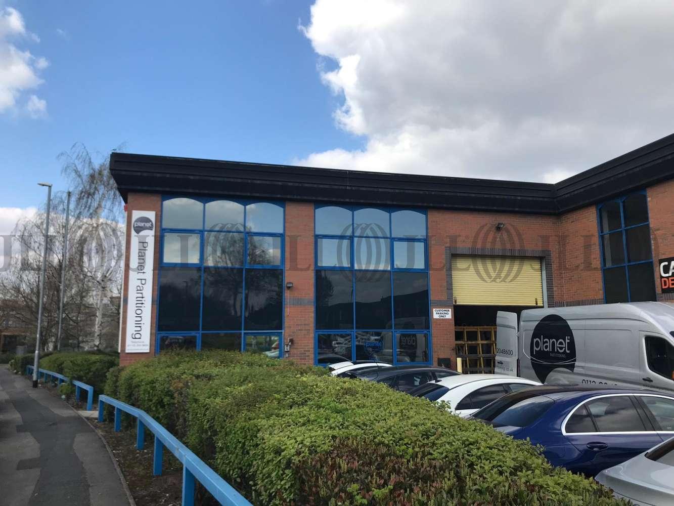 Industrial and logistics Leeds, LS11 5LN - Unit 3 Apex Business Park - 55