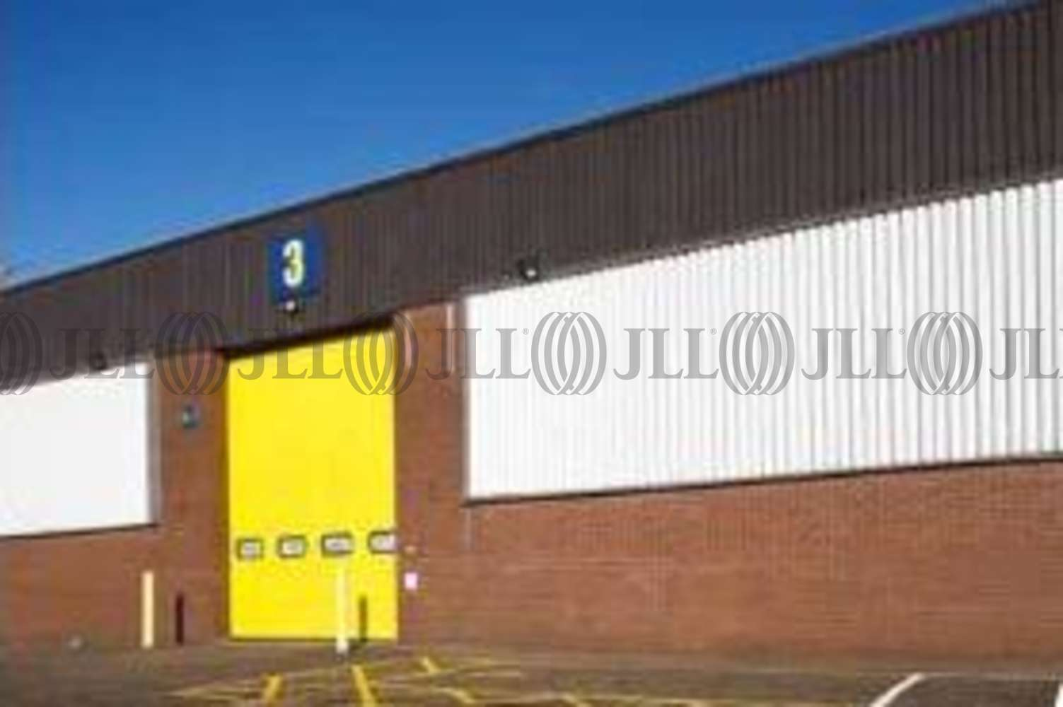 Industrial and logistics Bracknell, RG12 1RW - Unit 3 Western Trade Centre - 2