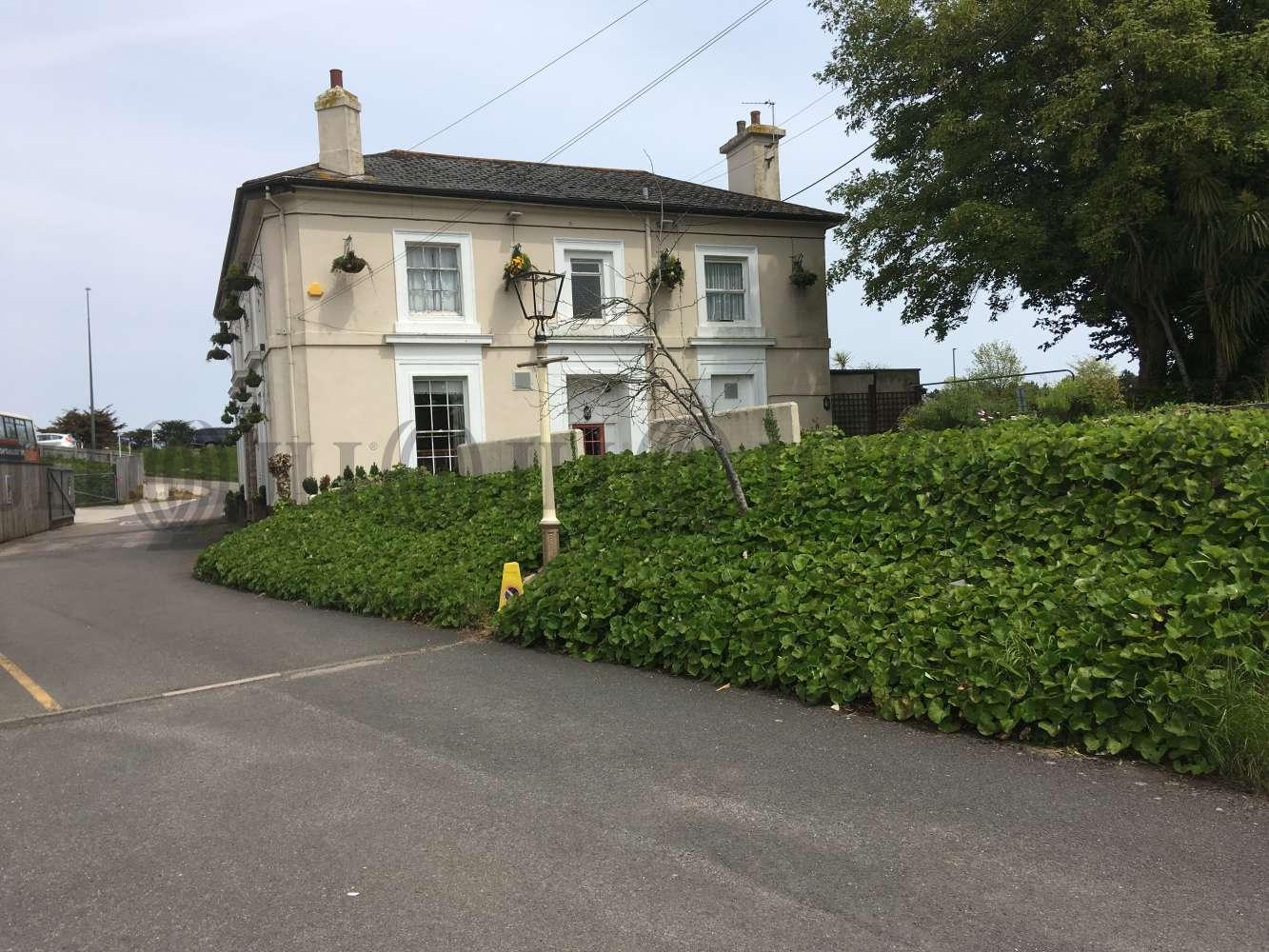 Pub Brixham, TQ5 0LL - Weary Ploughman - 1451
