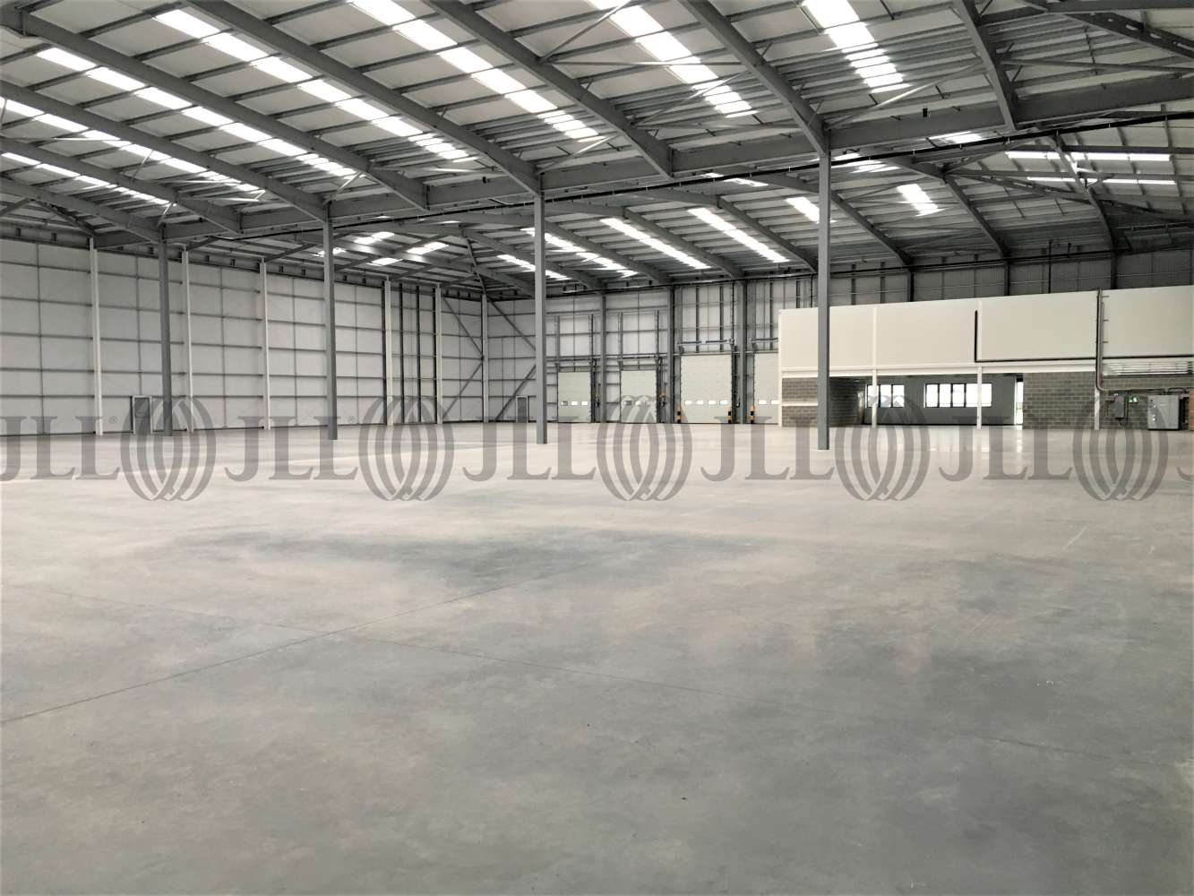 Industrial and logistics Bristol, BS34 7QE - Unit G6 Horizon 38 - 0385
