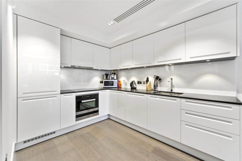 Apartment Kensington, W14 - Trinity House 377 Kensington High Street W14 - 06