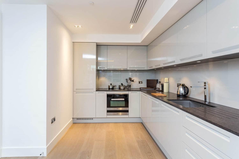 Apartment Kensington, W14 - Trinity House 377 Kensington High Street Kensington W14 - 09