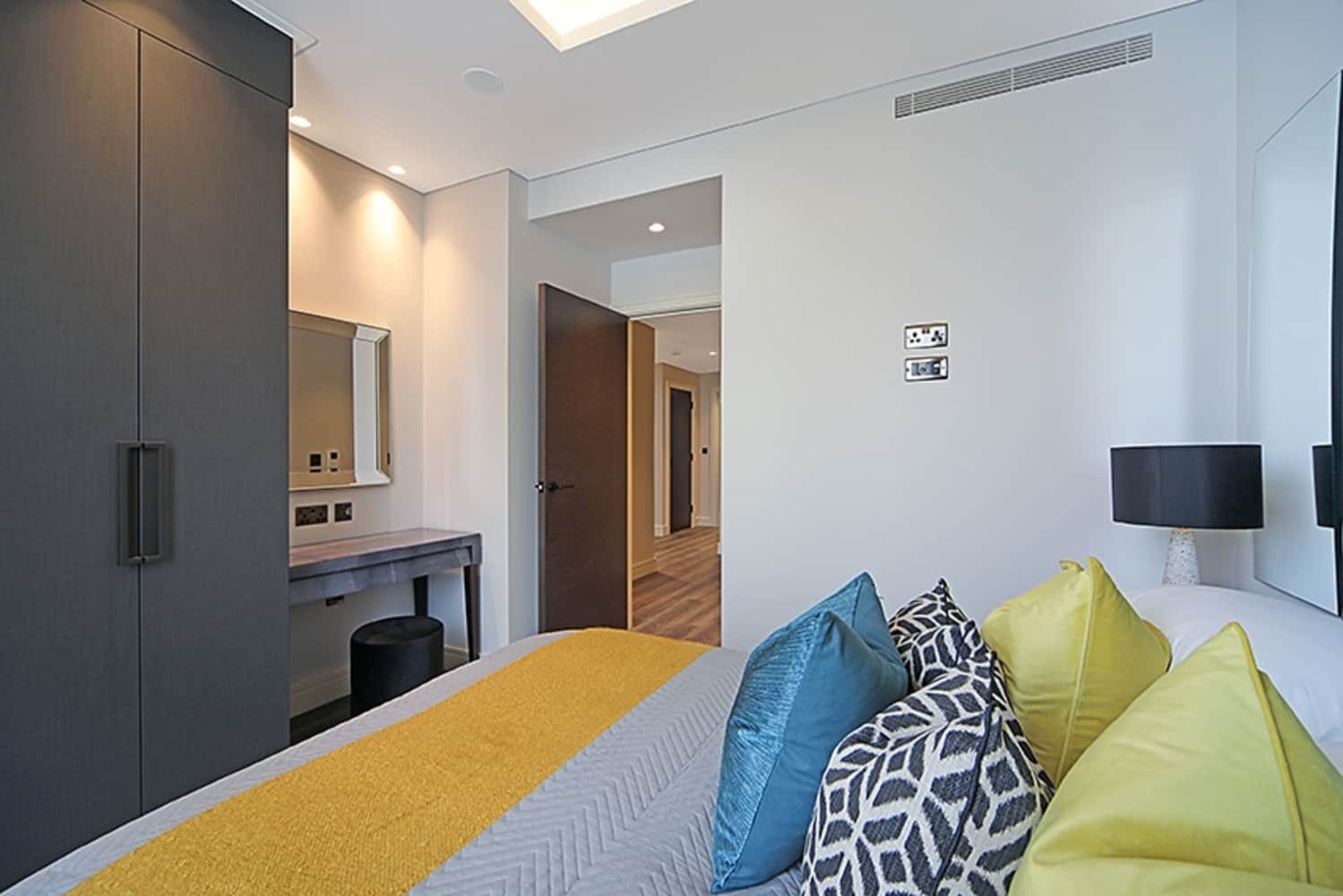 Apartment London, W14 - Russell Gardens Kensington W14 - 13