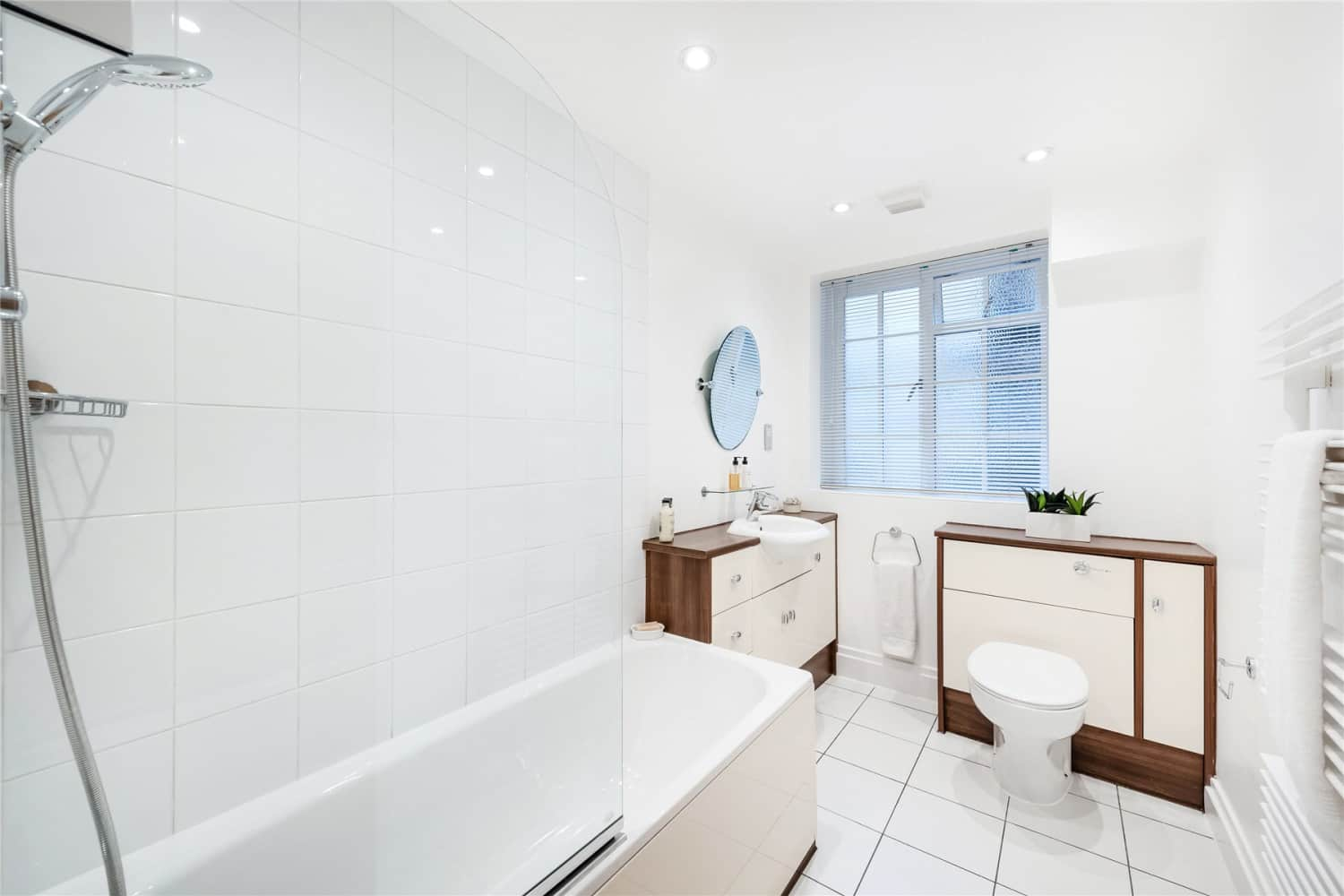 Apartment London, W8 - Stafford Court Kensington High Street London W8 - 03
