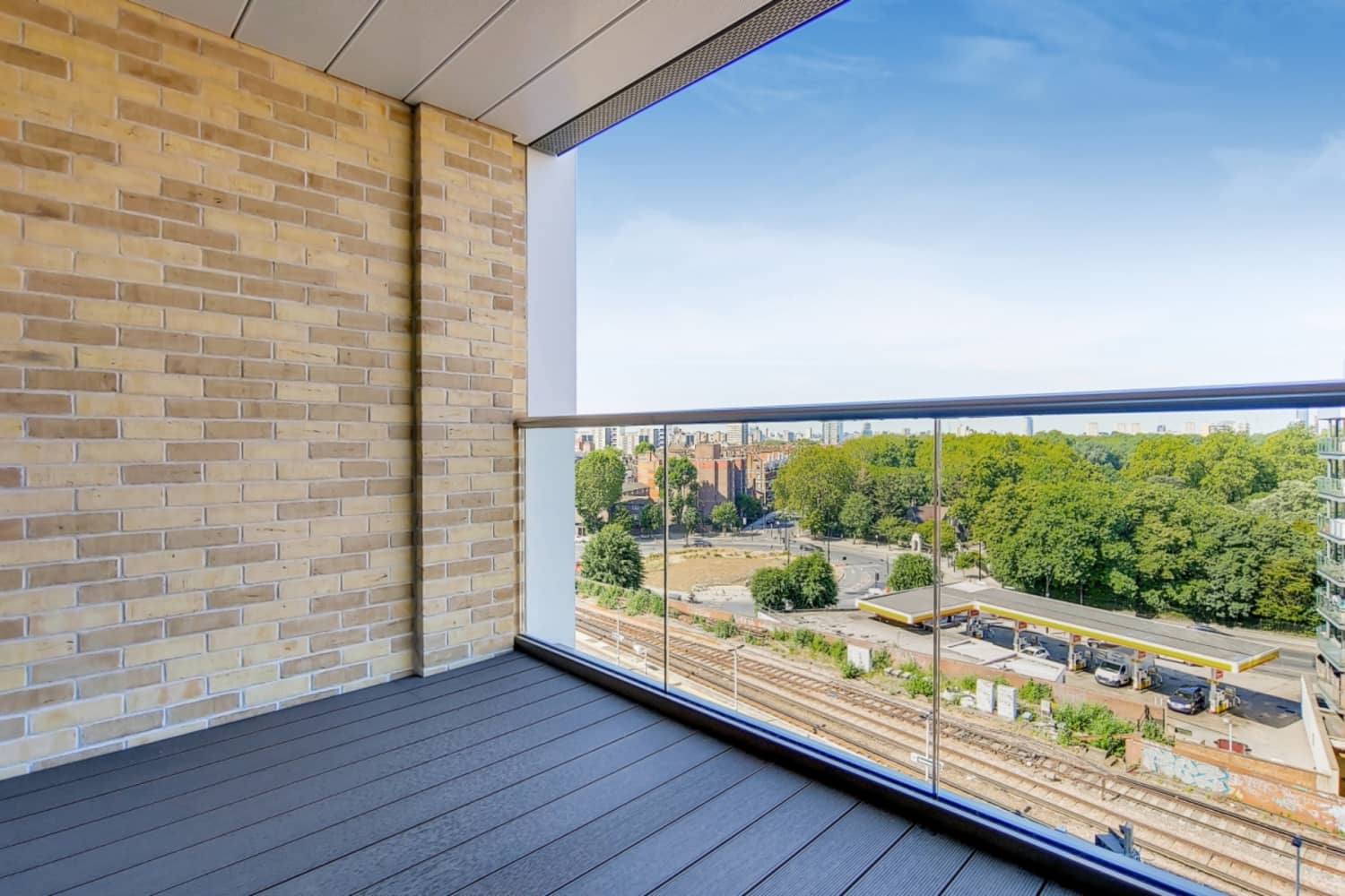 Apartment London, SW11 - Prince Of Wales Drive London SW11 - 02