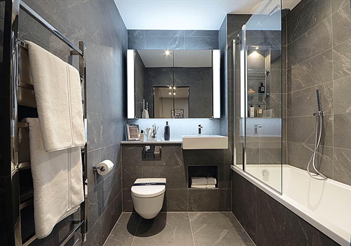 Apartment London, SW8 - Montrose Building, Lexington Gardens, London SW8 - 06