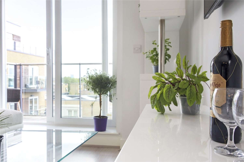 Apartment London, W3 - Napier House Bromyard Avenue London - 05