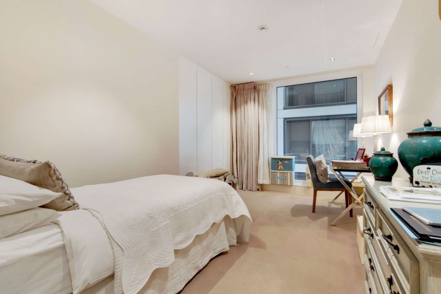 Apartment London, W14 - Trinity House, 377 Kensington High Street, London - 06