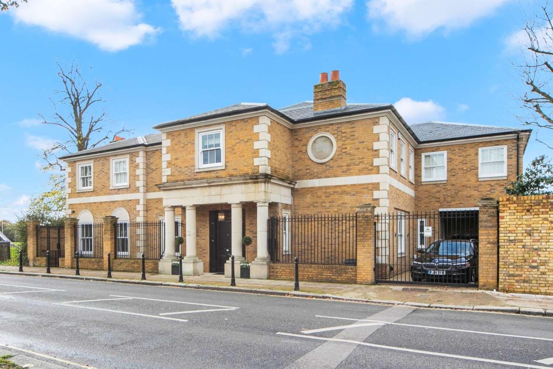 Detached London, SW6 - Broomhouse Lane London SW6 - 22
