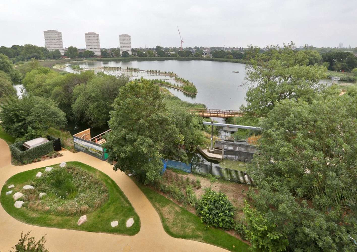 Apartment London, N4 - Nature View Apartments Woodberry Grove London - 08