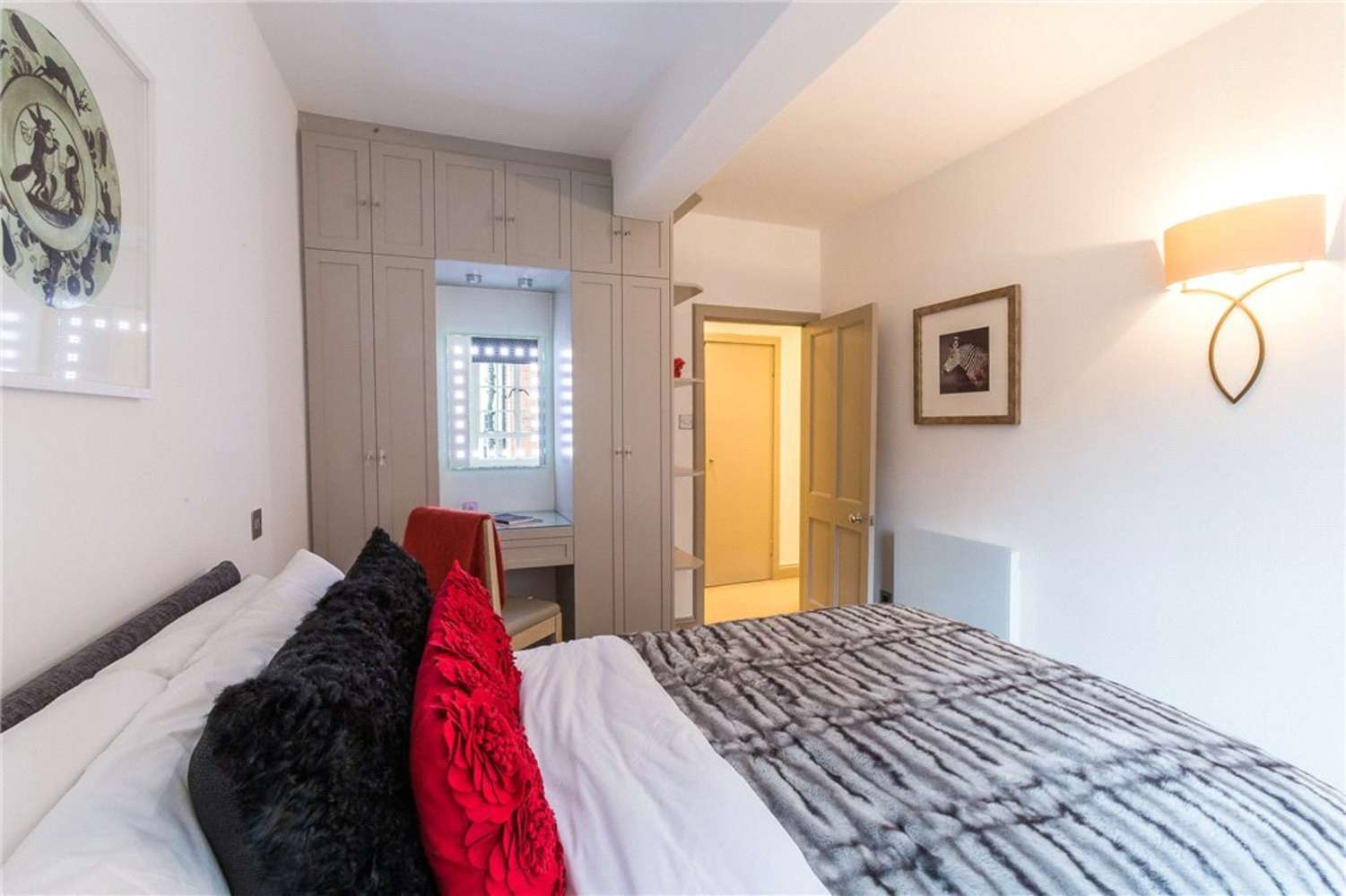 Apartment London, SW3 - Swan Court Chelsea Manor Street London SW3 - 09
