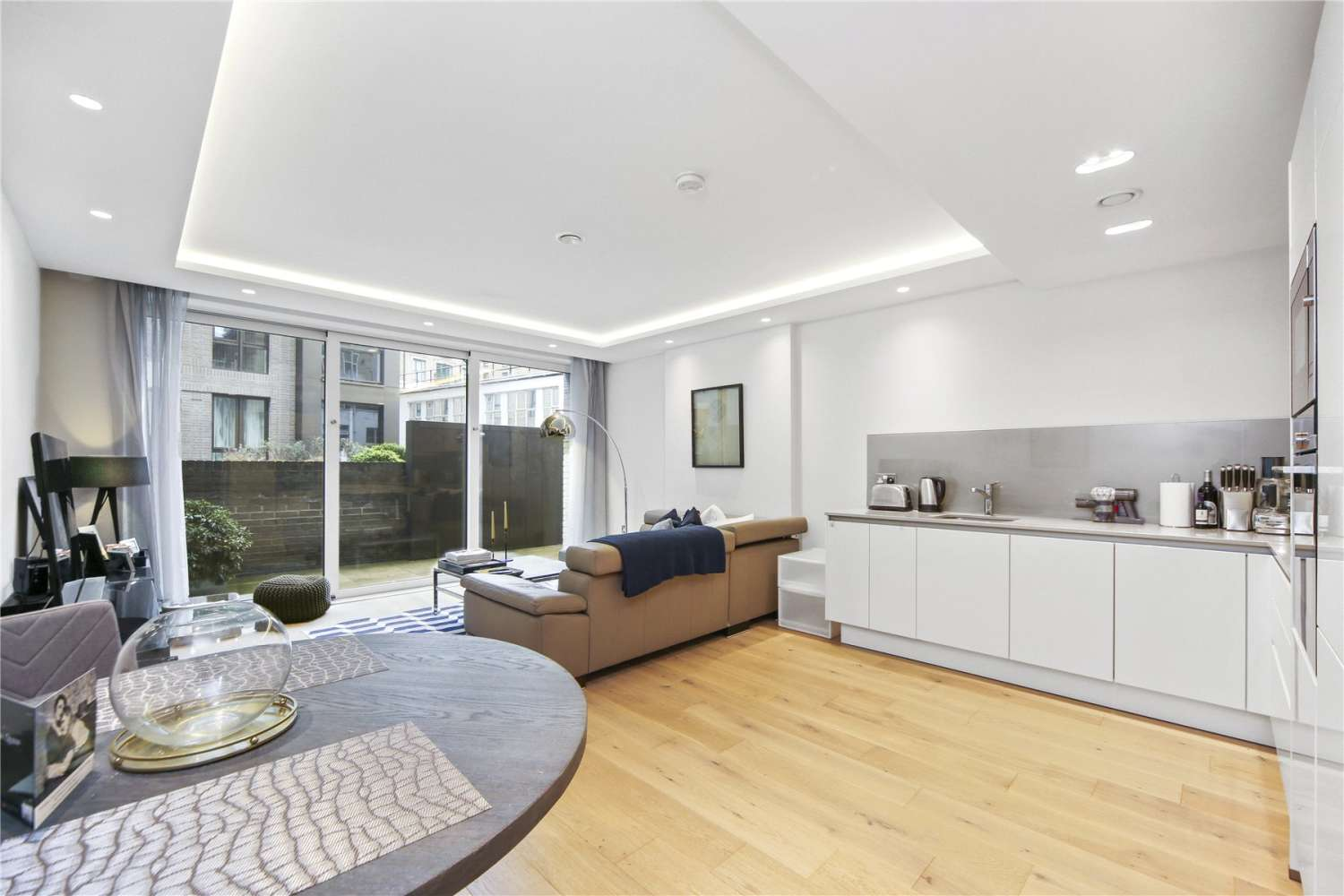 Apartment London, SW1P - Great Peter Street Westminster London - 01