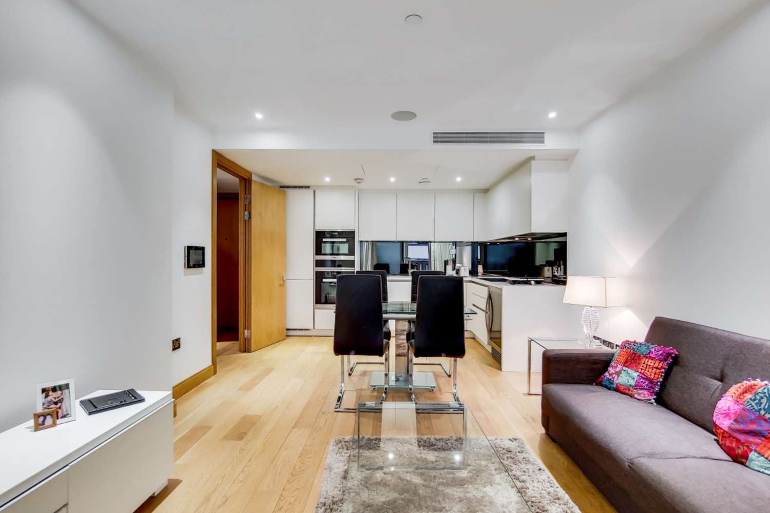 Apartment London, SW1P - The Courthouse,70 Horseferry Road, London, SW1P - 00