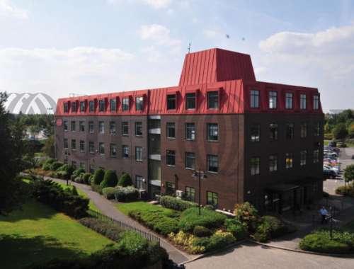 Offices Warrington, WA4 6HL - Wilderspool Business Park - 4095