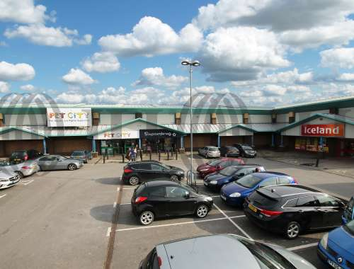 Retail out of town Bradford, BD4 9RQ - Avenue Retail Park - 1761