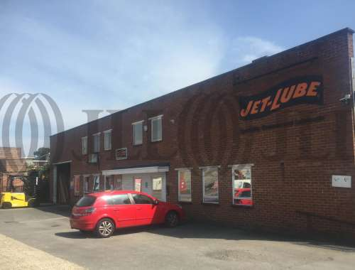 Industrial and logistics Maidenhead, SL6 8BY - Unit 17 Reform Road - 7101