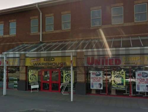 Retail out of town Liverpool, L24 9WA - Unit 8 Hunts Cross Shopping Park - 8