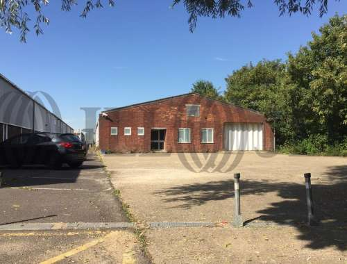 Industrial Ashford, surrey, TW15 1AU - Unit 16 Ashford Industrial Estate - 16