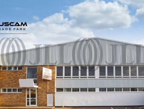 Industrial and logistics Camberley, GU15 3BN - Unit 11 Tuscam Trade Park - 1