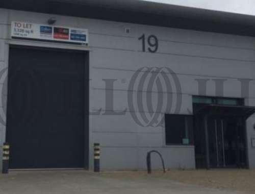 Industrial and logistics Greenford, UB6 0AZ - Unit 19 Greenford Park - 19