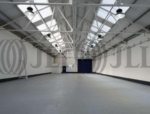 Industrial and logistics London, NW2 7HJ - Unit 10 Atlas Business Centre Oxgate Lane - 4