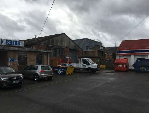 Industrial and logistics Southampton, SO40 3AA - 144 Commercial Road - 1035