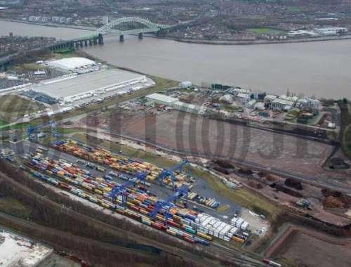 Industrial and logistics Widnes, WA8 0PE - Viking Park - 5021