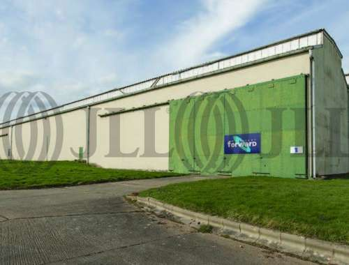 Industrial and logistics Kidderminster, DY10 4DX - Cursley Distribution Park - 0001