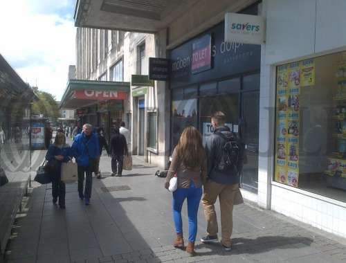 Retail high street Plymouth, PL1 1DZ - 64 Royal Parade - 64