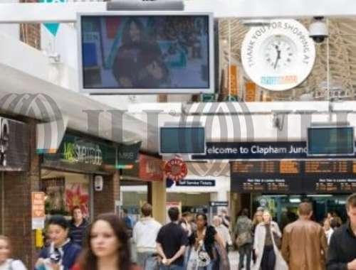 Retail shopping centre London, SW11 1RU - Shop Stop - 21644