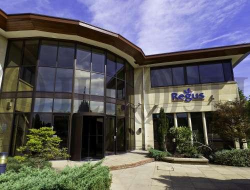 Serviced office Basingstoke, RG24 8AL - Pinewood Chineham Business Park - 9818