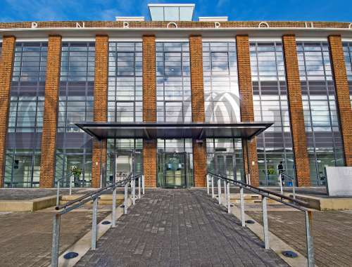 Serviced office Farnborough, GU14 7JF - The Hub, Fowler Avenue - 2720